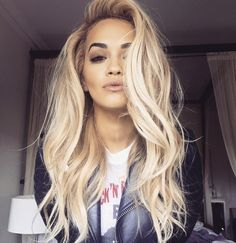 Rita Ora shows off amazing blow-dry (wearing wig) by Chris Appleton, 30 July 2015