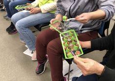 【デイサービスで人気】超盛り上がり高齢者レクリエーション30選~介護現場で働くプロが紹介! - FUN SEED(ファンシード)レクリエーションに笑いの種を Dementia Activities, Fabric Design, Designers, Quilt, Japan, Games, Occupational Therapy, Quilt Cover, Quilts