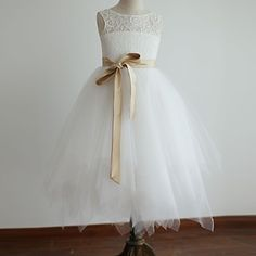 princesse thé longueur robe de demoiselle - dentelle / tulle manches (4163514) – CAD $ 83.39