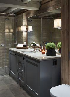 Krista ceramic tile in bathroom Basement Inspiration, Bathroom Design Inspiration, Chalet Interior, Building A Cabin, Cabin Bathrooms, Montana Homes, Cabin Interiors, Toilet Design, Lodge Decor
