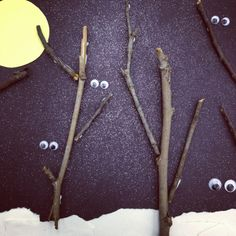 Nocturnal Storytime: Books about animals that wake up as the sun goes down and #DIY Night Creatures Craft