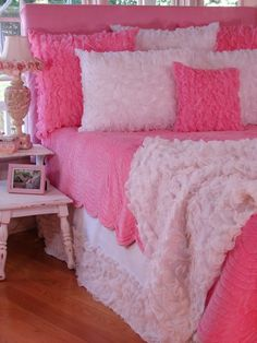 Soft and pretty chiffon ruffles girls bedding