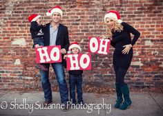 This is so funny!  maybe the second time around??  lol  Family Christmas Pictures & Baby Announcement
