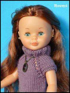Como me he portado superbien este 2015 (ja,ja), el Tió me ha traído este conjuntito tan bonito en casa de mi cuñada en Girona. Está teji... Pram Toys, Nancy Doll, Dolls, Crochet, Virginia, Videos, Doll, Crochet Doll Clothes, Dressmaking