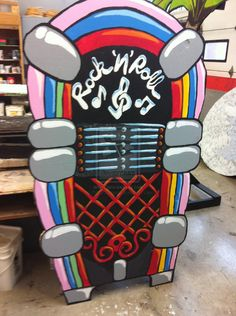 Hand Painted Jukebox Stage Prop by KristyGottvald - love the animation of it...FUN!