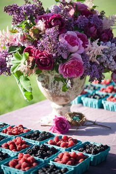 pretty floral centerpiece--garden party wedding