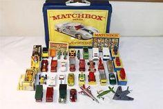 Matchbox Lesney 1968 Collectors Case + Lot of 36 Vintage Cars