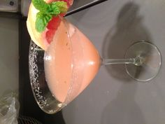 Grapefruit and mint martini