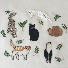 ♒ Enchanting Embroidery ♒ embroidered cats | Instagram de @pontomarie • 258 J'aime
