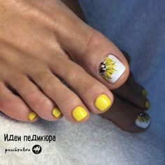 27 Ideas for manicure pedicure designs website Yellow Toe Nails, Toe Nail Color, Toe Nail Art, White Toenails, Yellow Nail Art, Color Yellow, Pretty Toe Nails, Cute Toe Nails, My Nails