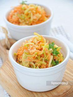 Surówka z pora Side Dish Recipes, Side Dishes, Food Decoration, Polish Recipes, Coleslaw, Mayonnaise, Macaroni And Cheese, Vegan Recipes, Drink Recipes