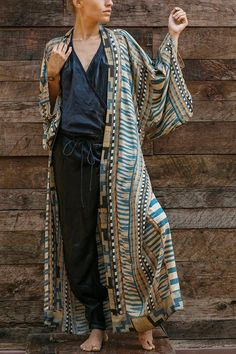 Details: Material:Polyester SIZE(IN) Shoulder Bust Sleeve Length One Size 26.8 55.1 11.8 51.6 Summer Kimono, Summer Cardigan, Ripped Shorts, Denim Romper, Flare Pants, Spring Outfits, Cover Up, Kimono Top, Rompers
