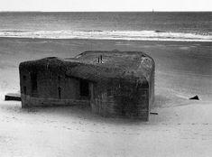 !Virilllio! 1958  The frightening beauty of the bunker