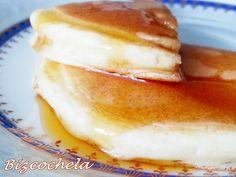 TORTITAS AMERICANAS O PANCAKES Crepes, Sweet Recipes, Pancakes, Good Food, Chocolate, Cooking, Breakfast, Hot, Facebook