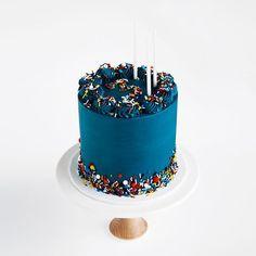Navy, sprinkles and a '3' for my big boy's kinder cake ~ Janelle