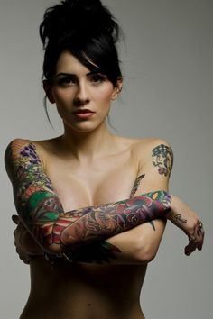 Sometimes... girls with sleeves like this are smoking hot.