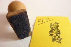 Réf 03-Tampon  lettre-Initiale ornée-S- 1940-1950