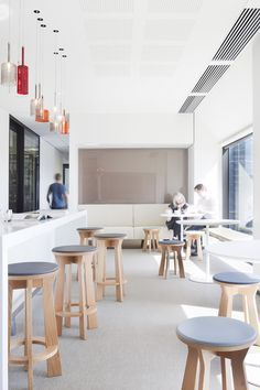 Johnson, Winter & Slattery by Bates Smart | www.delightfull.eu #delightfull #uniquelamps #lightingdesign #homeinteriordesign #australiandesign