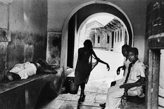 Marc Riboud, Become A Photographer, Travel Photographer, New Delhi, East Pakistan, Long Pictures, Visual Literacy, North Vietnam, Moving To Paris