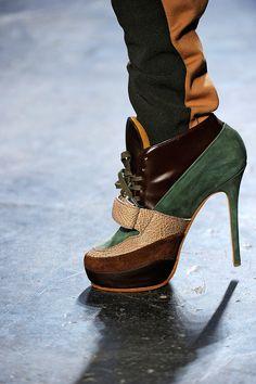 Acne Fall 2012 RTW - Shoes - Vogue Falla Skor 5eda00f4d68ec