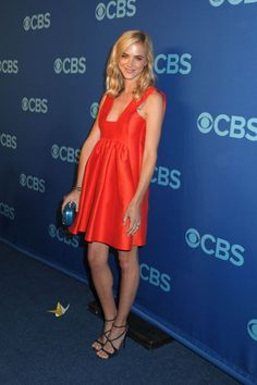Emily Wickersham is an actress, known for I Am Number Four, Remember Me, and playing Eleanor Bishop in the TV serie NCIS. Bikini Pictures, Bikini Photos, Emily Bishop, Ncis Bishop, Emily Wickersham Ncis, Serie Ncis, Nice Legs, Belleza Natural, Mother And Child