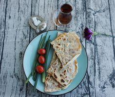 Entdecke mein Rezept für original türkische Goezleme   Teigtaschen aus der Pfanne   mit Hackfleisch auf meinem Foodblog aus Köln. Mit Fotos und Video.