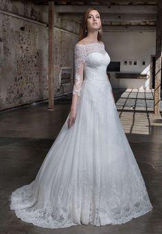 Gritti abiti da sposa 2017 - Vestito classico in pizzo Gritti