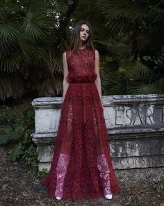PR18 45 Mesh Leg, Sleeveless Round Neck Gossamer Lace Gown Formal Dresses For Teens, Formal Dresses For Weddings, High Low Outfits, Classy Dress, Red Lace, Couture, Sexy Dresses, Fall 2018, Gown