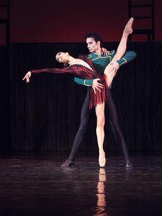 "<<Ekaterina Kuhar and Alexander Stoyanov in ""Carmen - Suite""  (The National Theatre of Opera and Ballet of Taras Shevchenko, Kiev, Ukraine # Photo © Ksenia Panchenko>>"