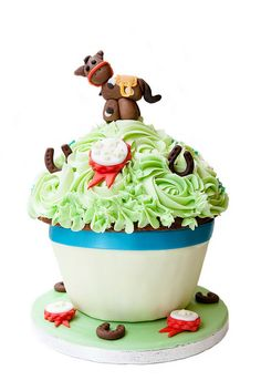 Giant Horse Riding Cupcake by Cirencester Cupcakes, via Flickr