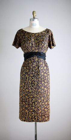 1950s PEANUT BUTTER CUP cocktail dress