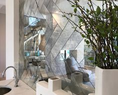 Creative installations using our handmade antique mirror. See unique mirror kitchen, bathroom and feature wall Strip Tile Installation pictures! Antique Mirror Splashback, Antique Mirror Tiles, Mirror Wall Tiles, Splashback Tiles, Mirror Backsplash, Diy Mirror, Mirrored Tile Bathroom, Bathroom Vanities, Home Bar Designs