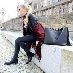 It´s all in the #details. #style #ootd #inspiration #chelseaboots