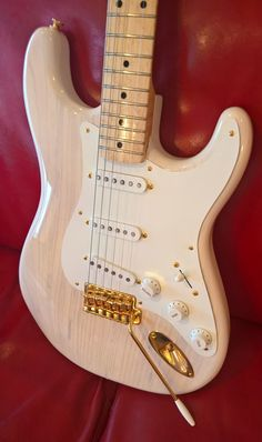May 2017 Guitar of the Month Contest Submissions Fender Stratocaster, Van Halen, Electric Guitars, Cool Guitar, Submissive, Musical Instruments, Bass, Theater, Dreams