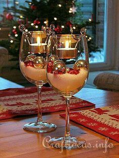 Easy wineglass Christmas table decor