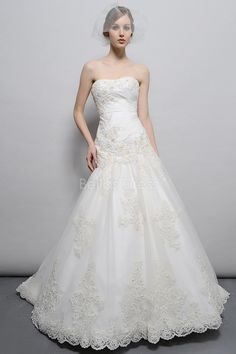 Classic Floor Length Organza Fit N Flare Strapless Dropped Waist Wedding Dress