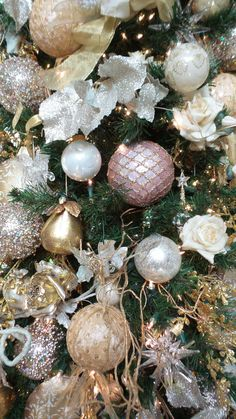 Beautiful gold and blush Christmas tree done at the Broadmoor Hotel in Colorado Springs, CO by Design Works - A Floral Studio in 2014 #christmastreedecor Best Christmas Lights, Christmas Love, Beautiful Christmas, Winter Christmas, Rose Gold Christmas Tree, Victorian Christmas Tree, Xmas, Rose Gold Christmas Decorations, Decorating With Christmas Lights