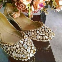 Indian Bridal Wear, Makeup Looks, Peep Toe, Heels, How To Wear, Accessories, Jewelry, Fashion, Indian Bride Dresses