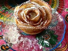 Jabłkowe różyczki z ciasta francuskiego - Apple roses - YouTube