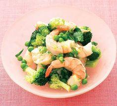 Creveti cu broccoli si mazare  - www.Foodstory.ro