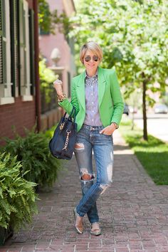 s e e r s u c k e r + s a d d l e s: Distressed Prep. I love the blazer! Such a great casual outfit.