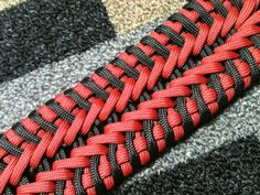 Joshua Raines from Opossum's Paracord is back with another great Paracord Bracelet Tutorial featuring the newest one of his amazing Paracord creations. Let him walk you through how to tie The Macleod. It's pretty advanced, but take your time, and we know Paracord Bracelet Designs, Paracord Belt, Paracord Dog Leash, Paracord Projects, Paracord Bracelets, Paracord Ideas, Paracord Weaves, Paracord Braids, Paracord Tutorial