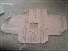 Creative Contents about DIY & Crafts, Knitting, Hairstyles, Beauty and more - Diy Crafts Cmo Se Hace El Faldn De Plumeti Y P 549228117041375789 Pi. Knitted Baby Cardigan, Knit Baby Sweaters, Knitted Baby Clothes, Baby Knitting Patterns, Knitting For Kids, Crochet Baby, Knit Crochet, Baby Jessica, Baby Barn