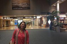 """Se um dia decidisses """"sair da caixa"""" em que te fechaste durante toda a tua vida, até onde iria a tua Coragem?  http://angelasilvestre.com/e/blog-uma-viagem-uma-aventura-e-um-recomeco  Acabei de chegar de uma viagem a Orlando, na Florida (EUA) para assistir ao evento internacional da Empower Network, a empresa através da qual estou a desenvolver o projeto online que está a mudar a minha vida."""