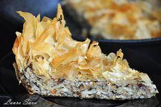 Placinta de post cu verdeturi | Retete culinare cu Laura Sava - Cele mai bune retete pentru intreaga familie Tart, Vegan Recipes, Oreo, Desserts, Food, Salads, Tailgate Desserts, Cake, Deserts