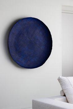 Art Bowl series - 120 cm dia - night Blue, by July Adrichem Colores Art Deco, Wall Sculptures, Sculpture Art, Ceramic Pottery, Ceramic Art, Art Deco Colors, Paper Artwork, Diy Artwork, Ceramic Studio