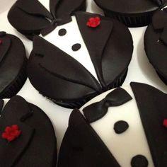 Tuxedo Cupcakes