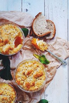 Crumble de butternut au chèvre – Meg&cook – Famous Last Words Vegetable Recipes, Vegetarian Recipes, Cooking Recipes, Healthy Crumble, Food Porn, Salty Foods, Quiche, Greens Recipe, Winter Food