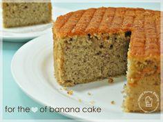 Happy Home Baking:  banana sponge