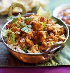 Try this low in saturated fat chicken tikka masala recipe. Enjoy a low calorie vegetarian version of this favourite with Quorn Meat Free Chicken Pieces. Quorn Recipes, Veggie Recipes, Vegetarian Recipes, Veggie Food, Quorn Meals, Free Recipes, Veggie Meals, Healthy Eating Recipes, Cooking Recipes